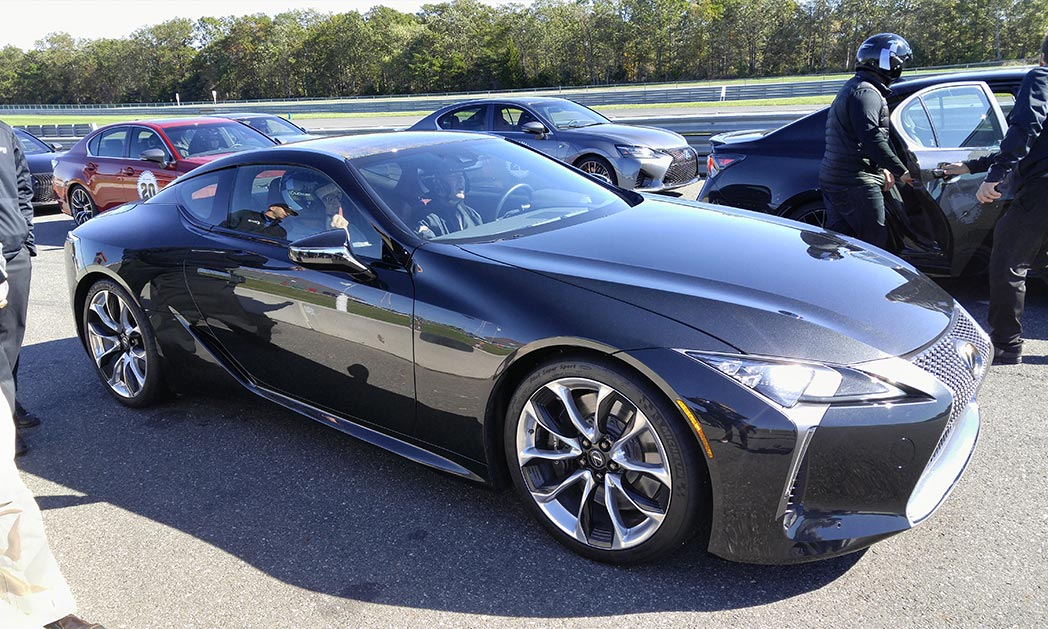 http://www.carvisionnews.com/wp-content/uploads/2016/11/cvr-11-11-16-lexus-demonstrates-its-new-attitude-on-the-racetrack.jpg